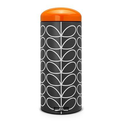 פח פדל רטרו שחור 30 ליטר בעיצוב מאת אורלה קיילי
