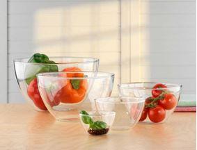 קערות זכוכית מבית סימקס - SIMAX עם ירקות