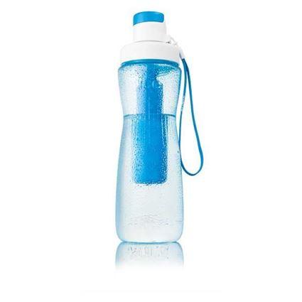 בקבוק מים עם קרחון
